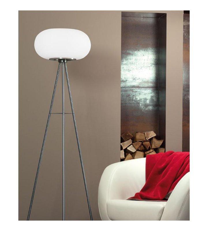 Lampa podłogowa Optica na 3 metalowych nogach klosz szklany opal mat do jadalni salonu sypialni