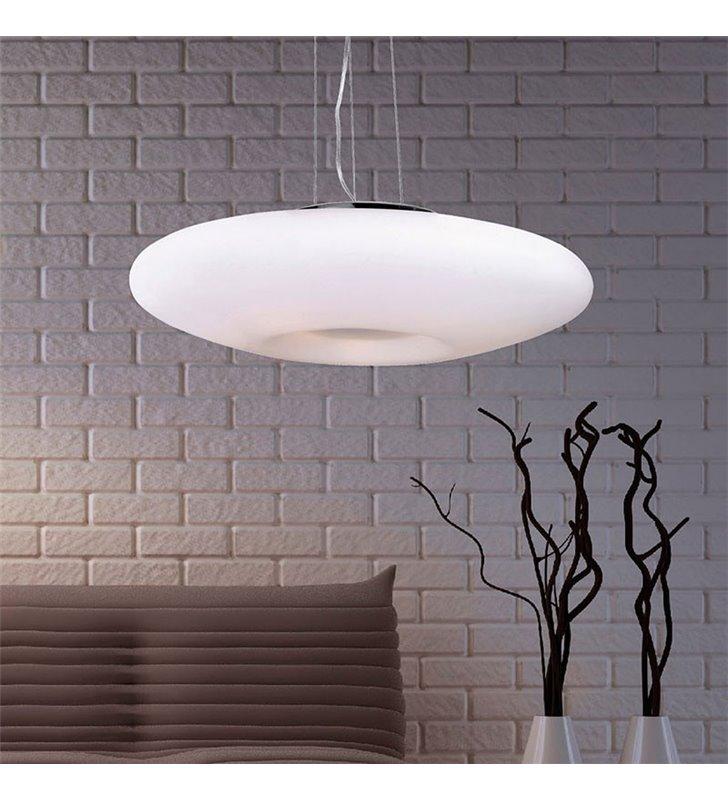 lampy z białe szkla do salonu