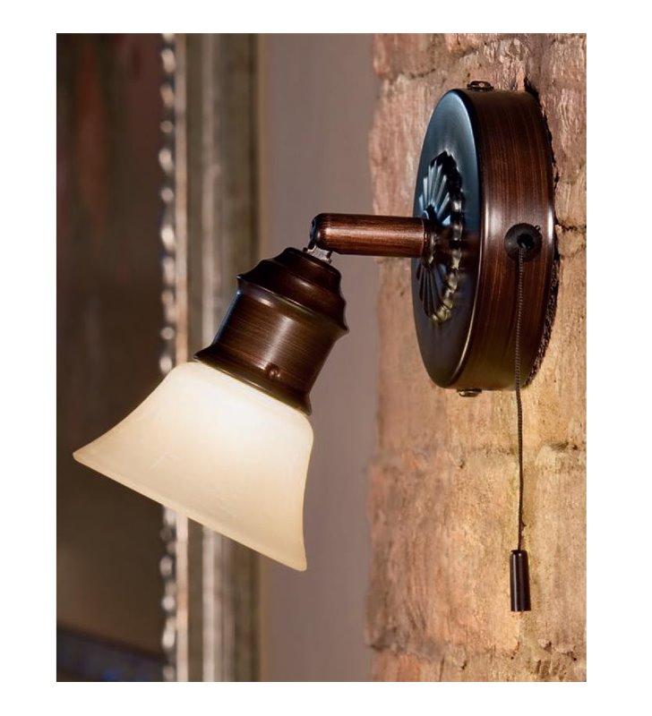 Pojedynczy klasyczny brązowy kinkiet Alamo szklany klosz włącznik sznureczkowy