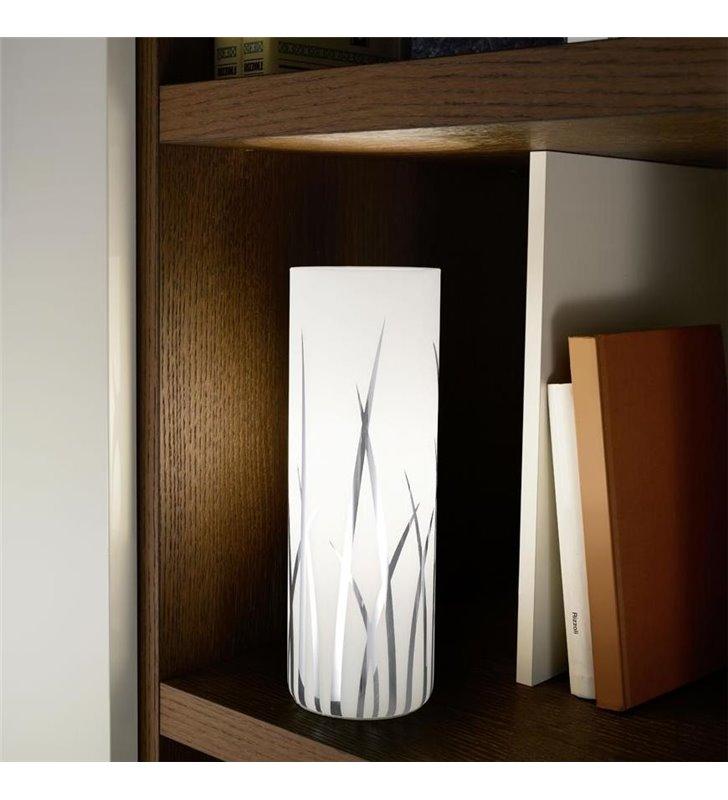 Szklana lampka stołowa nocna Rivato biała z chromowanym wzorem
