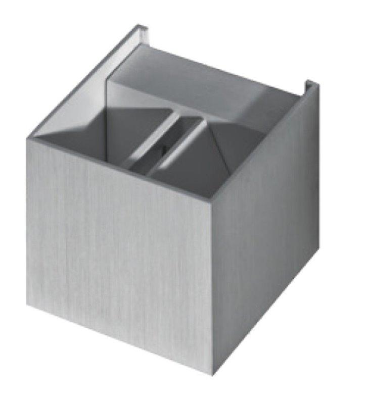 Leticia aluminiowy kinkiet kostka z regulowanym strumieniem światła nowoczesny design
