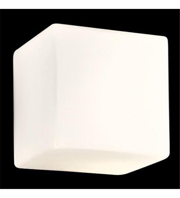 Kinkiet Cubo biała szklana kostka
