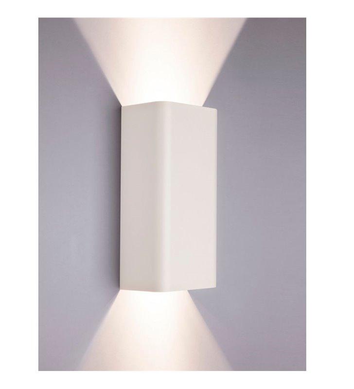 Kinkiet Bergen biały metalowy prostokątny ze światłem kierunkowym góra dół - DOSTĘPNY OD RĘKI