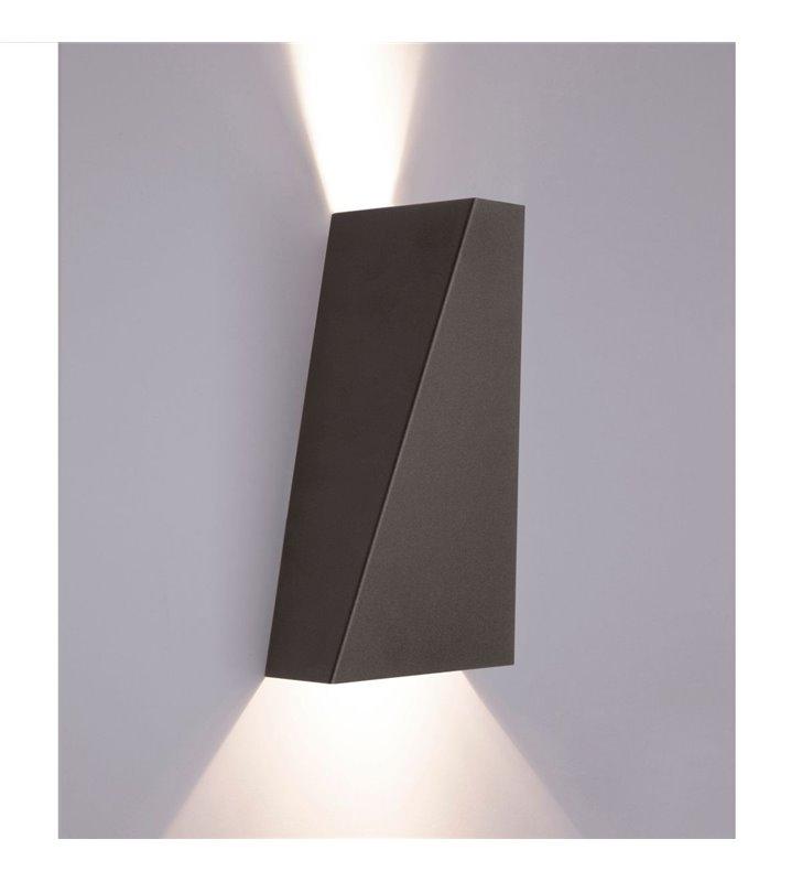 Narwik czarna nowoczesna lampa ścienna ze światłem kierunkowym pionowym - OD RĘKI