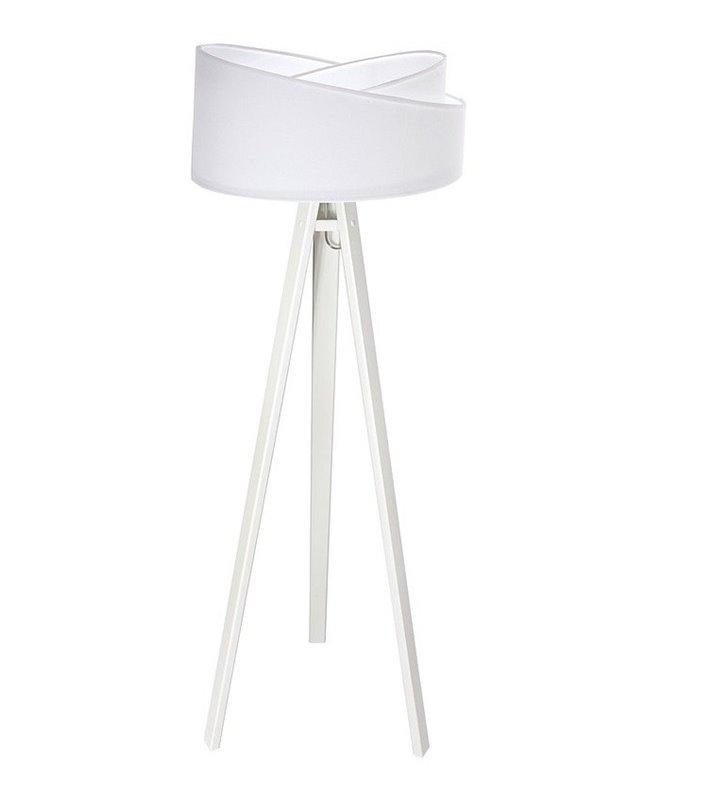 Biała lampa stojąca na 3 drewnianych nogach Candy