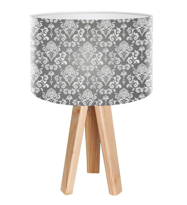 Anielski Deseń lampa stołowa na sosnowym trójnogu szary abażur ze wzorem