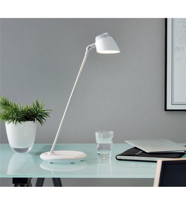 Biało srebrna lampka biurkowa Capuana z włącznikiem dotykowym ściemniacz