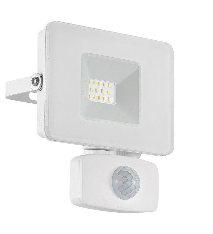 Mały biały naświetlacz ogrodowy z czujnikiem ruchu Faedo3 LED 10W 5000K 900lm IP44