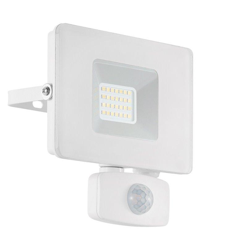 Biały naświetlacz ogrodowy z czujnikiem ruchu Faedo3 LED 20W 5000K 1800lm IP44