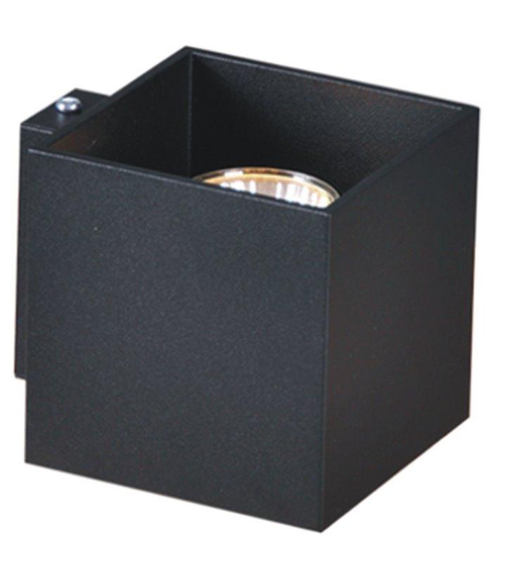 Lampa ścienna w stylu technicznym kolor czarny Kubik Black świeci jednostronnie