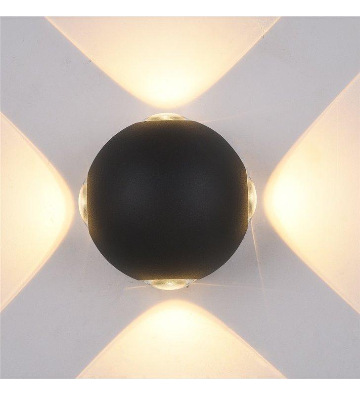 Czarny nowoczesny kinkiet ogrodowy Trivento LED z 4 kierunkowym światłem