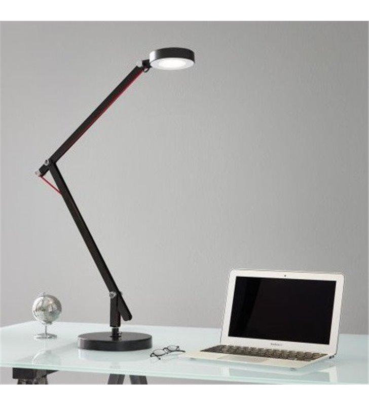 Wysoka łamana lampka biurkowa Picaro1 czarna włącznik na lampie