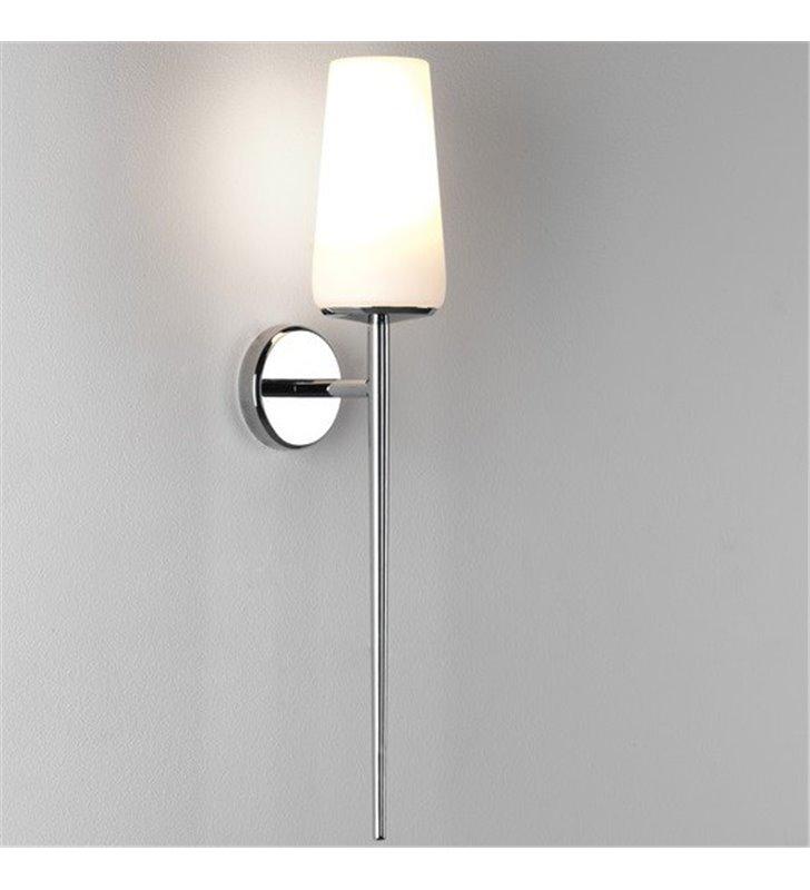 Wysoki kinkiet łazienkowy do lustra Beauville chrom polerowany szklany klosz