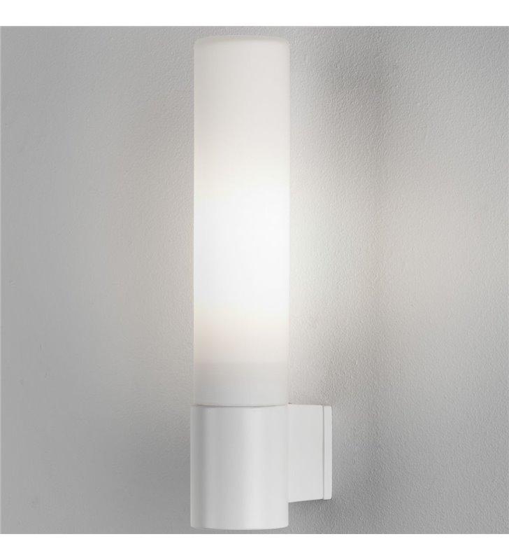 Biała oprawa ścienna do łazienki Bari