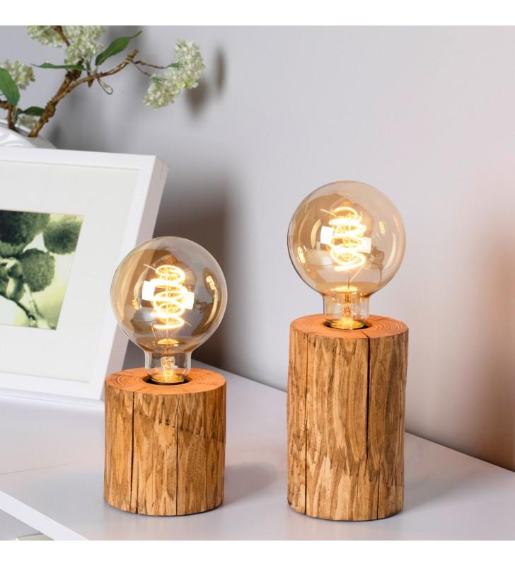 Drewniana lampa stołowa...