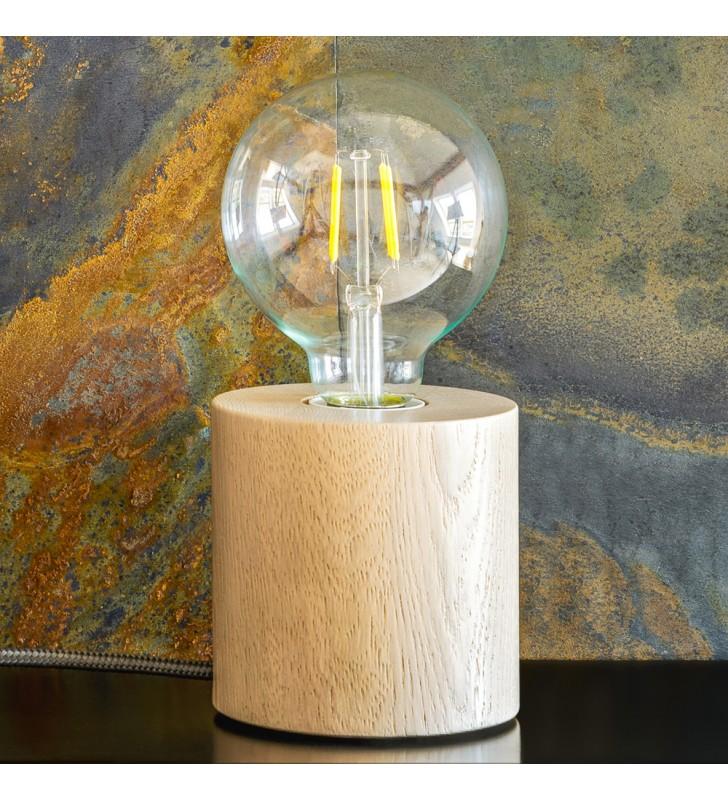 Drewniana lampka stołowa...