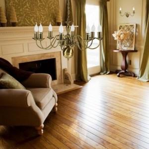 Żyrandole klasyczne, żyrandole tradycyjne do salonu, stylowe retro, świecznikowe
