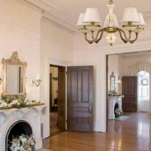Ekskluzywne żyrandole włoskie klasyczne, lampy ekskluzywne włoskie do salonu, eleganckie